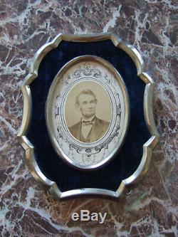 Civil War Era Abraham Lincoln CDV Photograph in Antique Velvet Mourning Frame