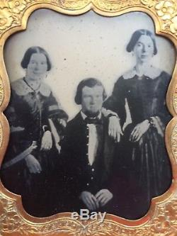 Civil War Period Ambrotype Of Soldier With 2 Women