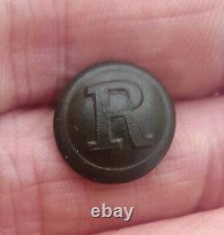 Dug Civil War CS Rifleman Button
