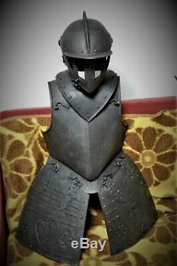 German or English Civil War pikeman's or quirasiers armour suit. C. 1650