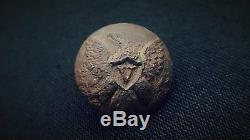 Pre-Civil War Voltigeurs Eagle V Cuff Button. Louisiana Dug. RARE
